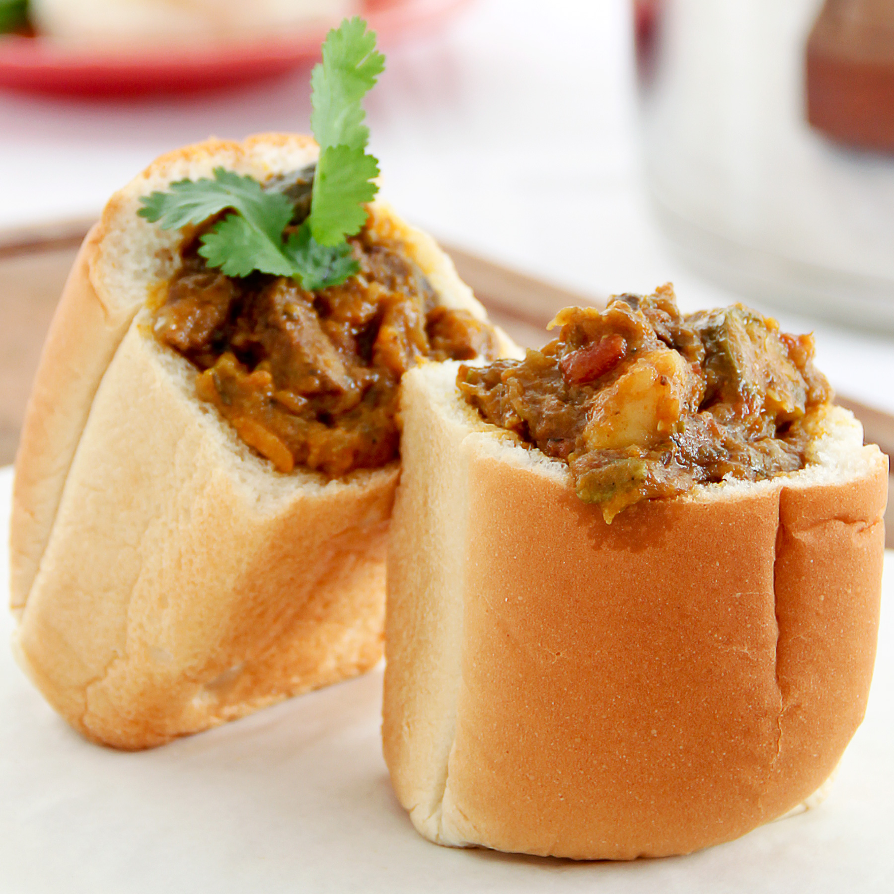 close up of bunny chow in a mini loaf