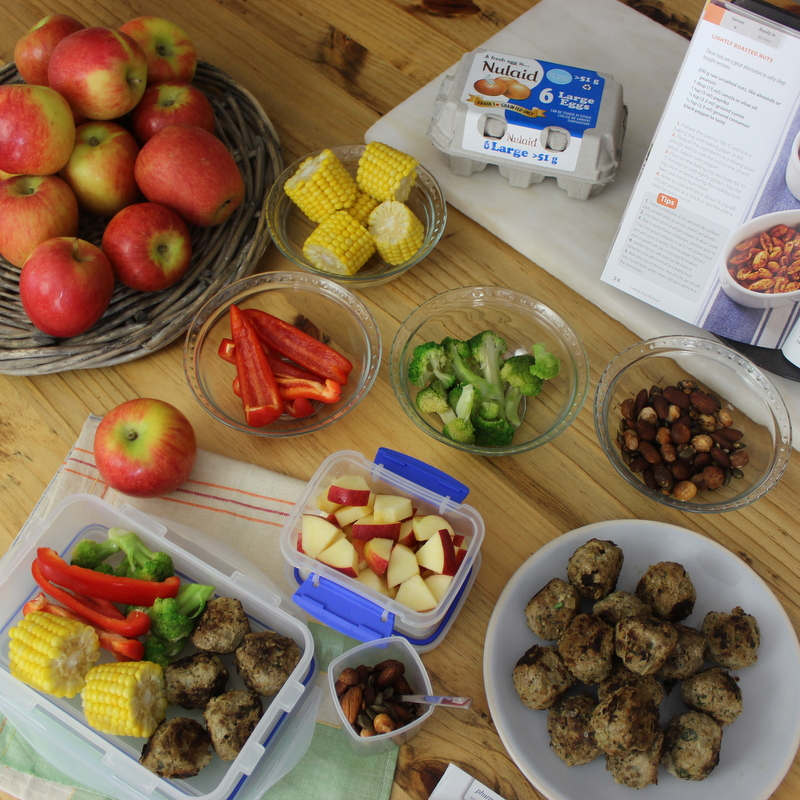 Lunch box - Meatballs with apples
